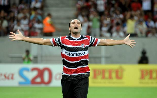 Leo Gamalho